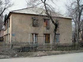 В Башкирии аварийный дом начали сносить, не переселив из него жильцов
