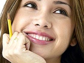 Ученые выяснили, какие мелочи делают женщин счастливыми
