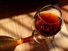 Британские ученые: Алкоголь снижает риск сердечного приступа
