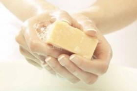 Ученые признали мыло вредным для здоровья