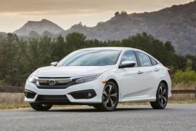 Honda опубликовала стоимость и комплектации нового купе Civic