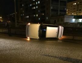 На трассе в Башкирии произошло смертельное ДТП: Водитель наехал на дорожное ограждение