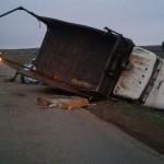 В Башкирии грузовик протаранил две «легковушки» – патрульную машину и иномарку