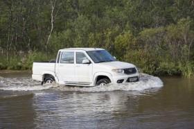 uaz-pickup-140918