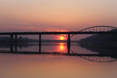 sunset-belaya-most_170815